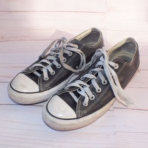 Converse Chuck Taylor All Star Low Leather Size 8